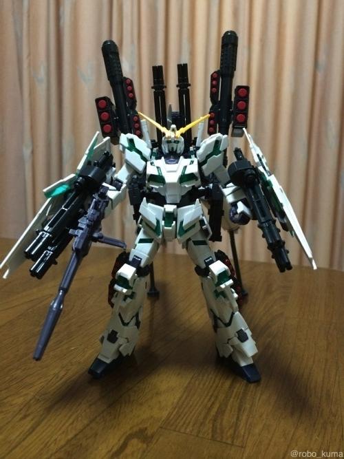 【完成】1/144 RX-0「フルアーマー・ユニコーンガンダム(デストロイモード)」HG