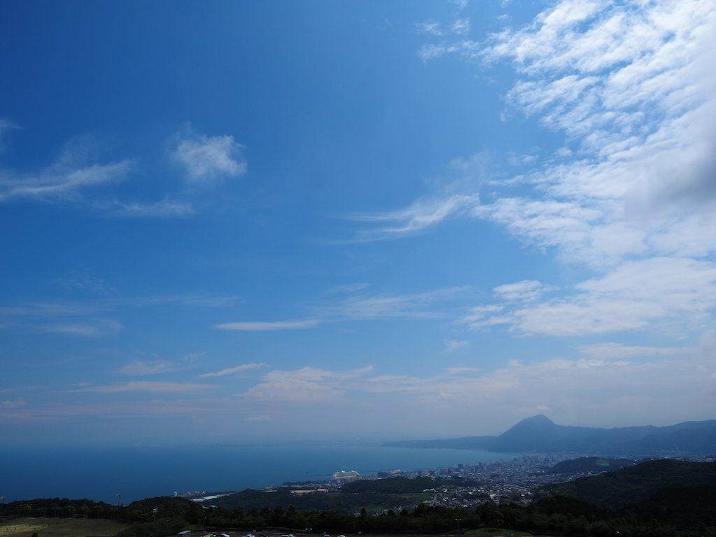 【写真】ある晴れた(その後雨降ったんだけど)別府湾。