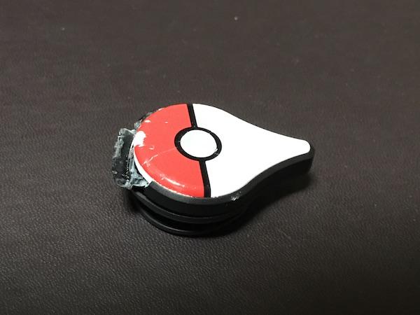 【Pokemon GO Plus】 やっちゃいました、車で踏んづけちゃった(^^;)