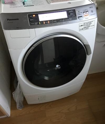年末です。洗濯乾燥機をお掃除です(*`・ω・)ゞ