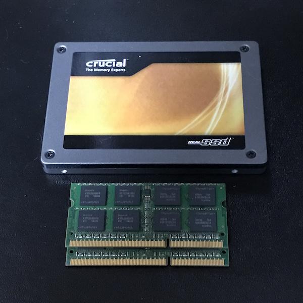 古いWindows7 ノートPCをパワーアップ! メモリ交換、HDD→SSD換装です(*`・ω・)ゞ。