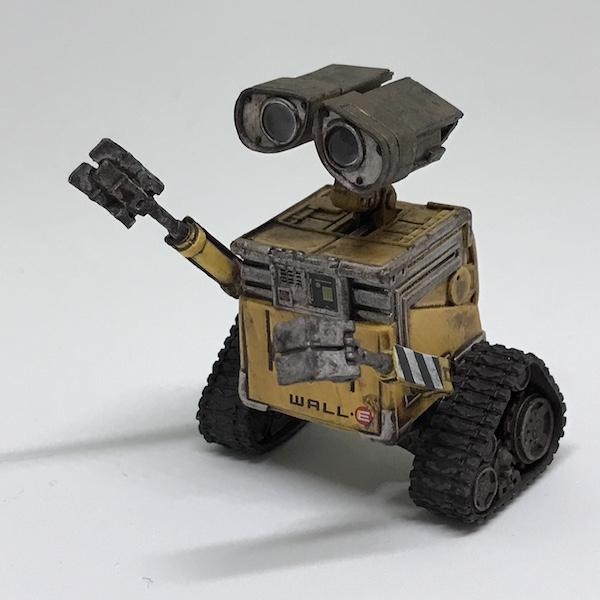 今更ながらだけど、『ウォーリー(WALL-E)』のフィギュアを買って見ました(^O^)。