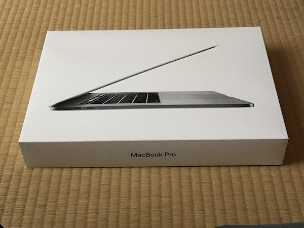 【MacBook Pro】 MacBook Pro 15inch 2017 購入。開封です(*`・ω・)ゞ。