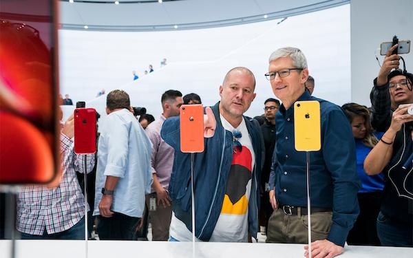 Apple、ジョニー·アイブが2019年後半に退社し、独立したデザイン会社を設立することを発表。