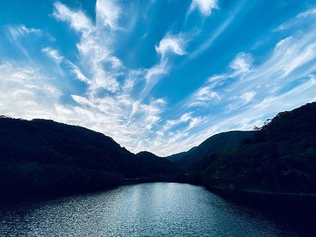 秋の雲。(iPhone 11 Pro Max 超広角)