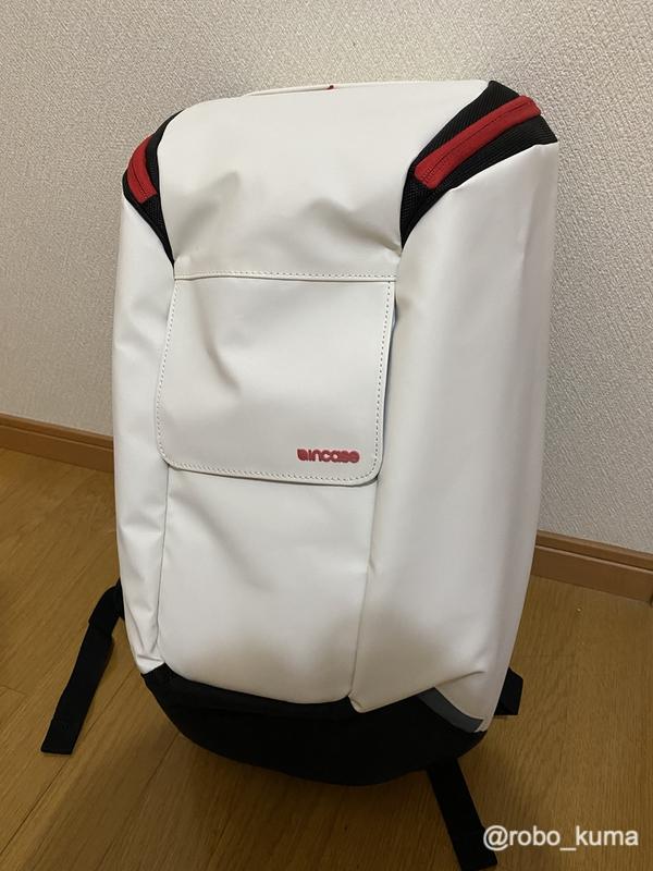 Apple Storeで格安中の「Incase Range Backpack」を購入。3,000で購入できるお得なバッグです(*`・ω・)ゞ。