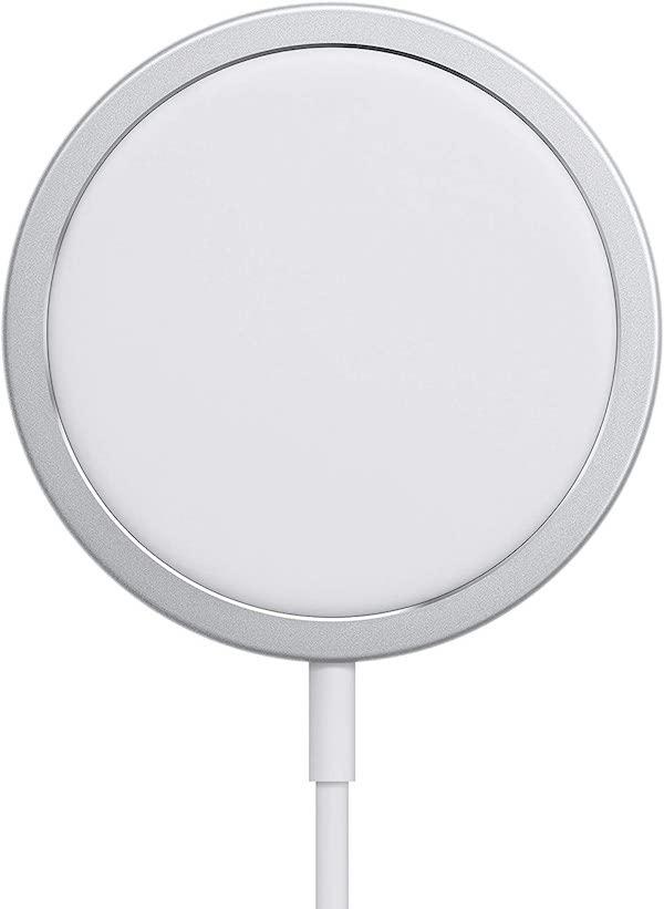 「Apple MagSafe充電器」を使用して15W充電をするには「Apple 20W USB-C電源アダプタ」が必要。