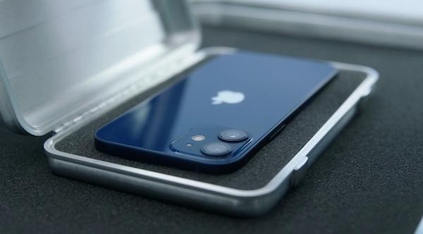 iPhone 12 mini は売れていない?